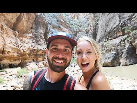 HIKING THROUGH THE NARROWS FOR THE FIRST TIME!