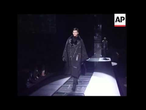 Donatella Versace presenst austere collection for men