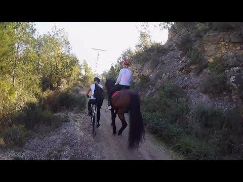 Circular embalse de Guadalest en bici y en caballo By SECTOR VERTICAL EN PAREJA