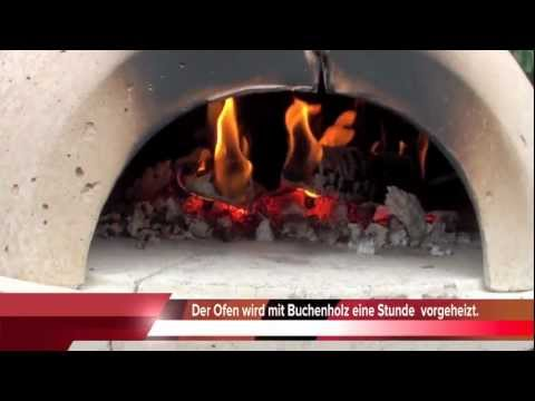 pizza im holzofen youtube. Black Bedroom Furniture Sets. Home Design Ideas