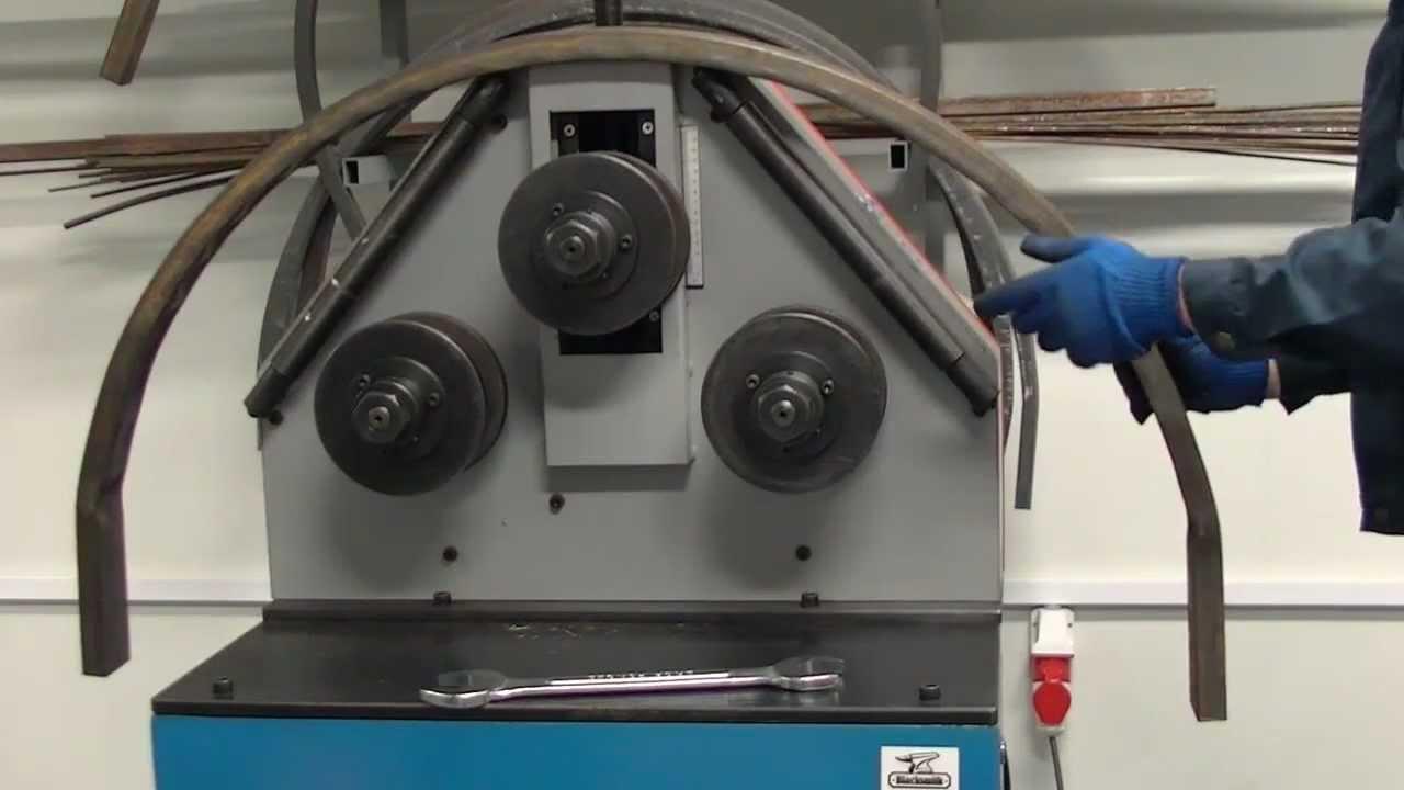 Продажа профильной трубы 40х20 оптом и в розницу с доставкой по. На сайте: цена за метр/тонну, вес метра, метров в тонне. Полоса стальная.