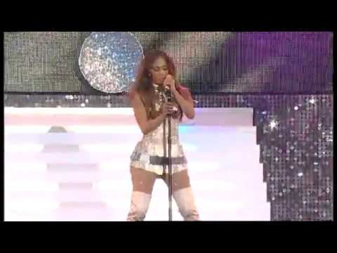 Jennifer Lopez I'm Into You  Summertime Ball' 11 UK Live