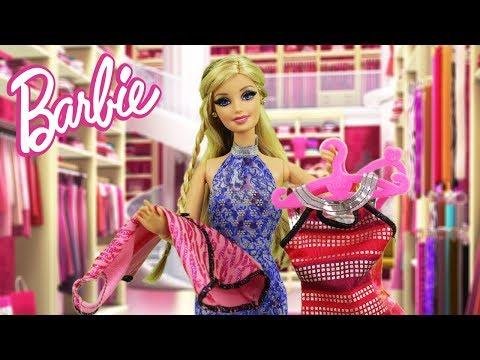 Barbie escolhe vestido para O ENCONTRO com Ken - Novelinha da Barbie Beatriz