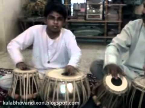 Cochin Kalabhavan Dixon Master - Tabala Demonstration - 02