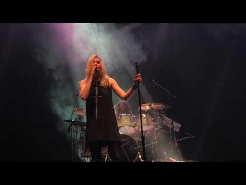 The Pretty Reckless - Just Tonight live (Espaço das Américas/ São Paulo 2017)