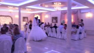 """Мелодия на Первый свадебный танец """"не та мелодия)))) 11.07.15  arthall.od.ua"""