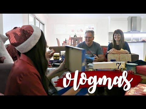 What I got for Christmas 2017 | VLOGMAS 2017 | Rachael Jade