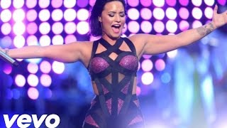 Demi Lovato - Give Your Heart a Break (Live at VMA