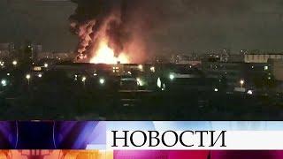 Для тушения пожара насеверо-востоке Москвы пришлось применить пожарную авиацию.