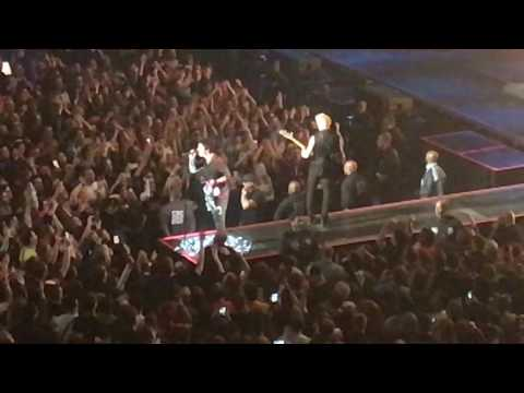 Green Day - Holiday (Live at Verizon Center, Washington DC 3/13/17)