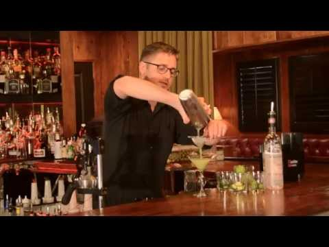 How to Make a Fresh, Healthy Post-Holiday Cocktail - A Restaurant - Newport Beach