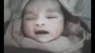 dhalaan yar oo dhahaya allah new born bby saying allah