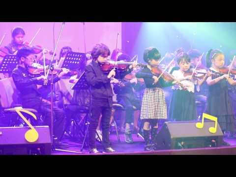 Guy William Burnett (7) Plays Violin on 'Twinkle Twinkle Little Star'