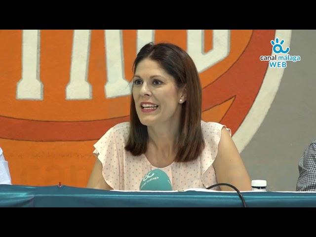 Noelia Losada, concejala de deportes, presenta la VII edición de la Liga femenina de verano GEAM