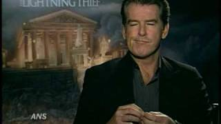 PIERCE BROSNAN ANS PERCY JACKSON & THE OLYMPIANS