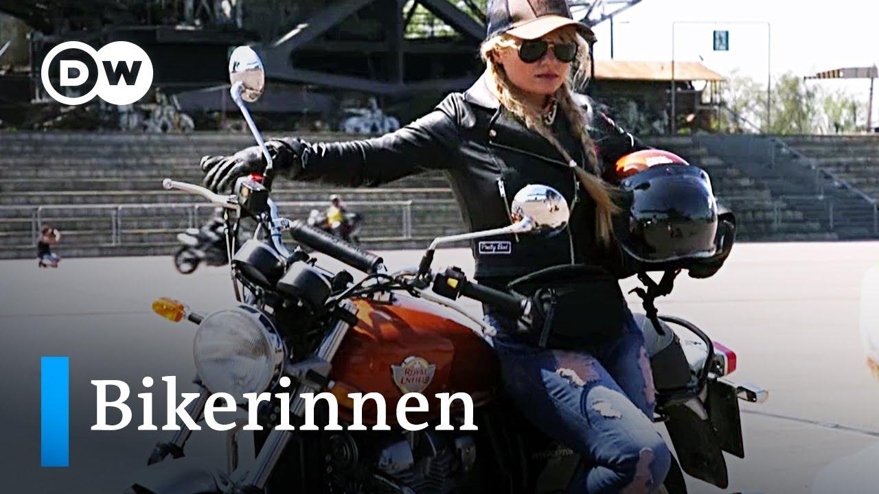 Leder bikerinnen in Stiefel Zora