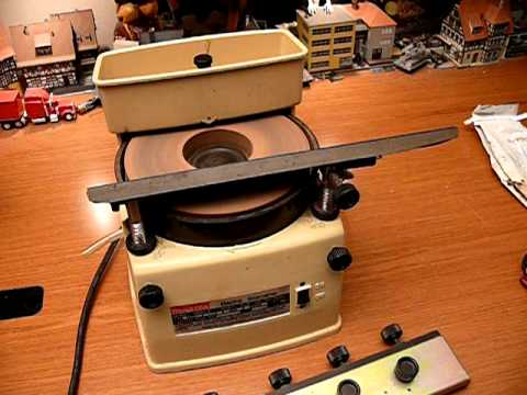 Makita 9820-2 Electric Knife Chisel Blade Sharpener