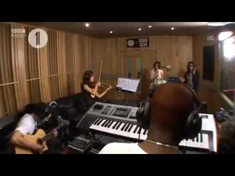 Tinchy Stryder Feat Amelle - Beyonce and JLS Medley (BBC Radio 1 Live Lounge)