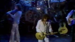 The Electric Light Orchestra performs this song at the New Victoria...
