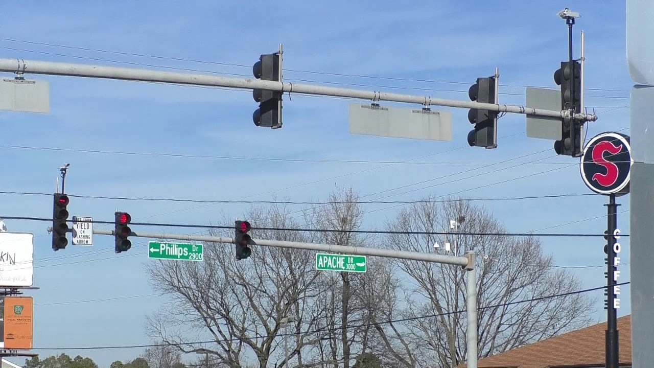New construction coming to Red Wolf, I-555, eliminating left turn into Jonesboro