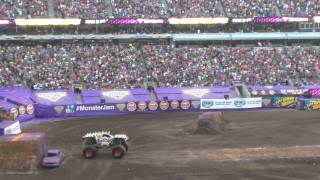 2015 World Record Double Front Flip Monster Jam MaxD