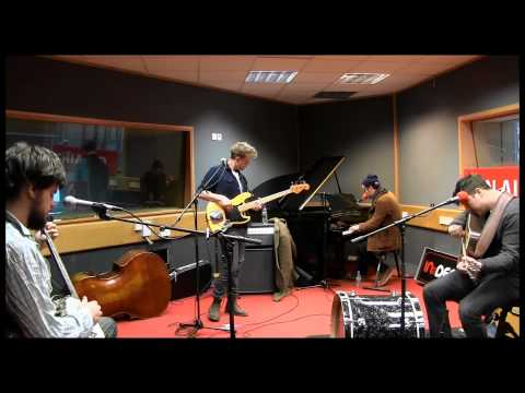 Mumford & Sons - Lover Of The Light (session)