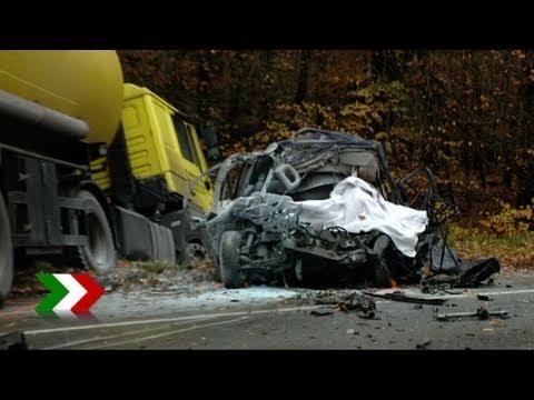 Tödlicher Verkehrsunfall Auf Der B224 Bei Schermbeck Youtube
