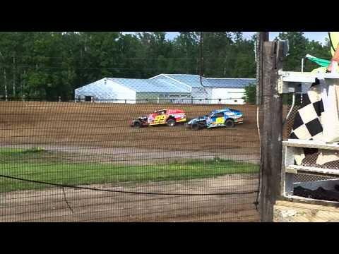 6-19-11 Bemidji speedway Doyle Ericksons heat