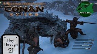 Conan exiles fighting the barrow king