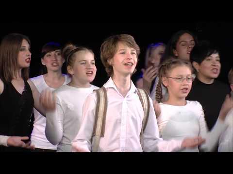 «Белая птица» выступила на сцене Камерного театра в Челябинске