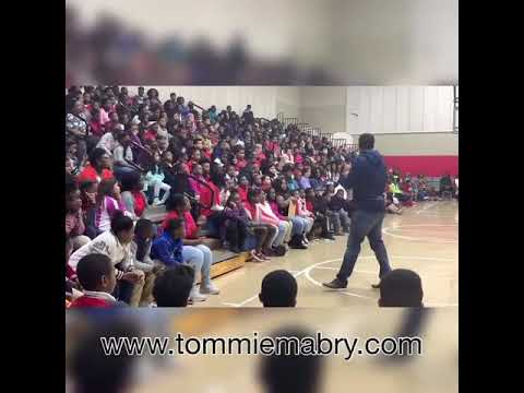 Thank you Warren Central Intermediate school for having me. This video touch my soul ????????