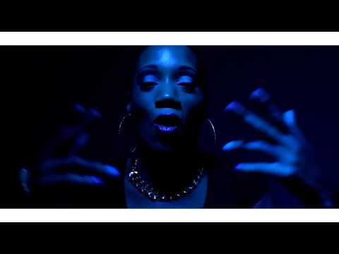 """Queen Of The Ring DON LADYII """"Chiraq freestyle"""" 2014 Dir By Mazi 'O"""