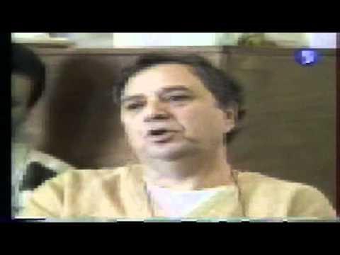 """Pierre Bourdieu dans """"arret sur image"""" 1996 part4"""