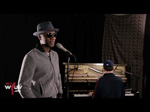 "Aloe Blacc - ""The Man"" (Live At WFUV)"