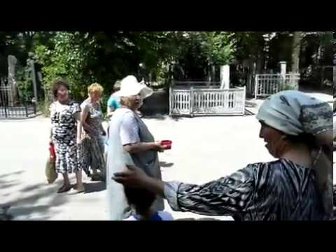 Родительский день в Ташкенте Боткинское кладбище