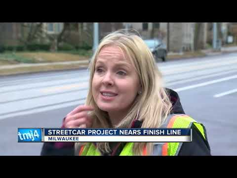 Milwaukee streetcar near finish line