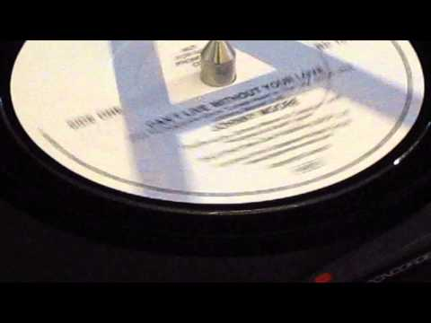 Johnny Moore - Can't Live Without Your Love - Beecool: 101 DJ