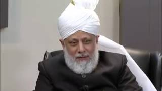 Huzoor's valuable advice for respecting elders