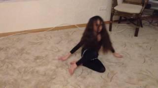 АринаРоманенко_для клипа СИА