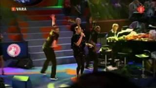 Alesha Dixon Live Bij Paul De Leeuw The Boy Does Nothing Voor Nika