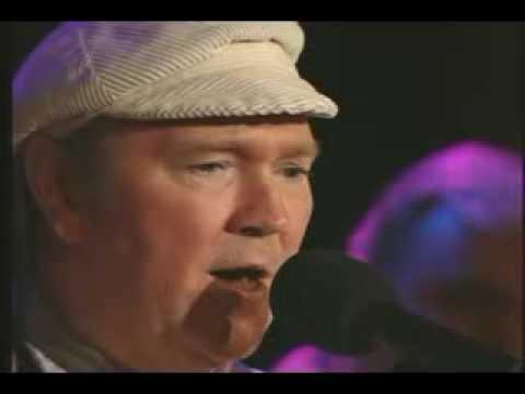 Liam Clancy-Band Played Waltzing Matilda