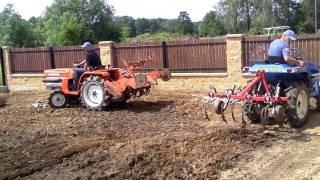 Używane japońskie mini traktorki-ciągniki  www.akant-ogrody.pl