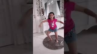 UNJUK BAKAT JAIPONG TIK-TOK - BUNGA - MULTITALENT CLASS - FUNNY KIDS screenshot 3