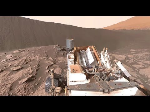 NASA's Curiosity Mars Rover at Namib Dune (360 view)