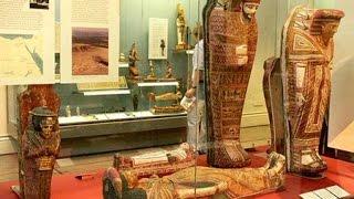 Kì Lạ Cô Gái Đến Từ... Ai Cập Cổ Đại