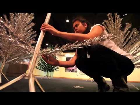 Aluminum Christmas tree exhibit