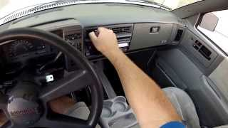 1993 Chevy S10 Blazer 4-door 4x4 interior tour and test drive