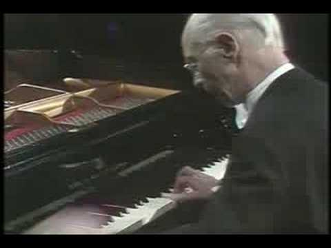 Rudolf Serkin - Beethoven Sonata No. 30, Op. 109 - Part 1