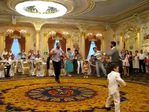 Армянские танцы-на свадьбе