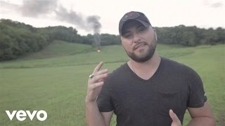 Video-Tyler Farr - Redneck Crazy at Redneck Ranch